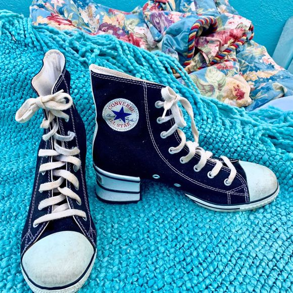 Rare 9s Converse Allstar Chucks Hi Heel
